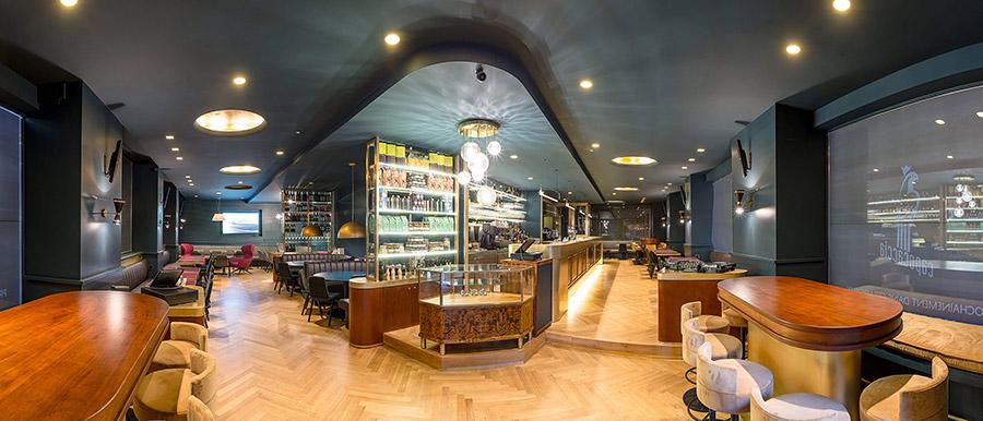 Capocaccia Restaurant Interior